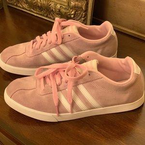 Adidas suede shoes EUC